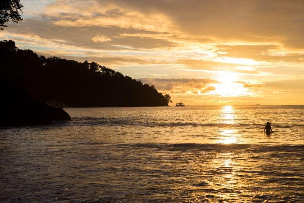 Playa de Tulemar en Manuel Antonio, Costa Rica