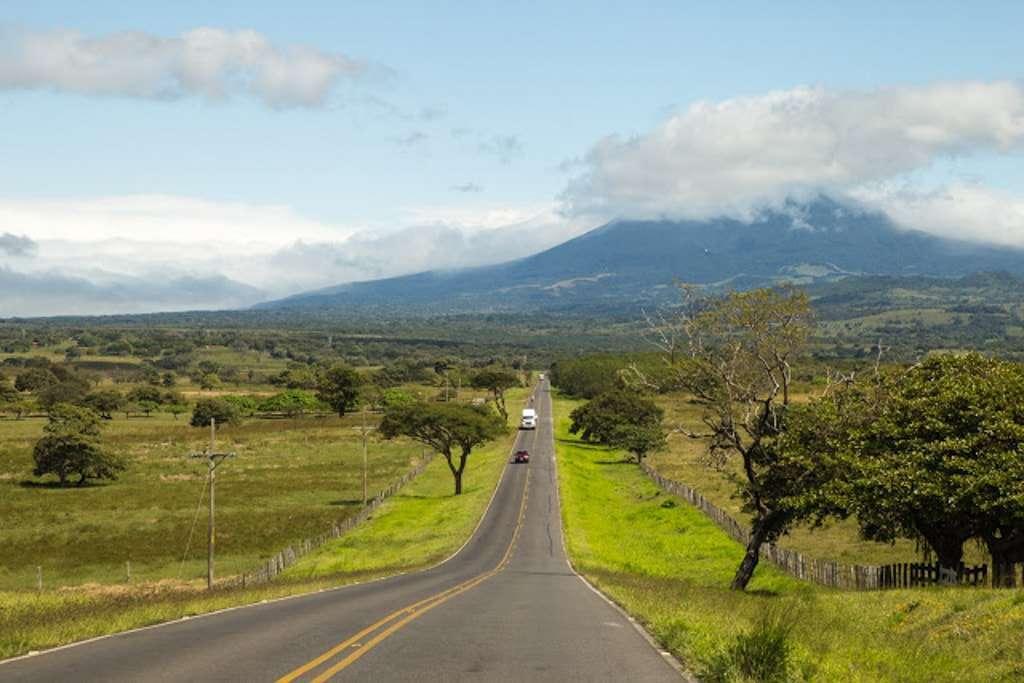 Tráfico a la salida de San José, Costa Rica
