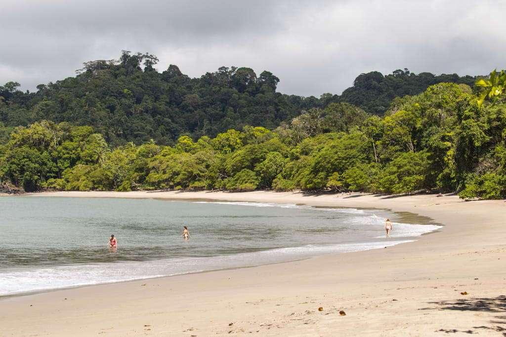Playas dentro del Parque Nacional Manuel Antonio, Costa Rica