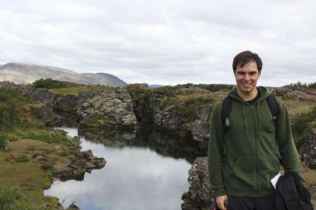Grieta cubierta de agua en Þingvellir