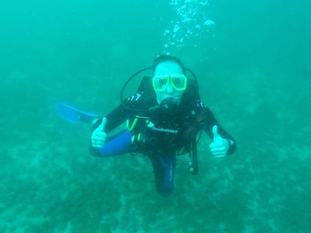 Alberto buceando en el Pacífico de Costa Rica