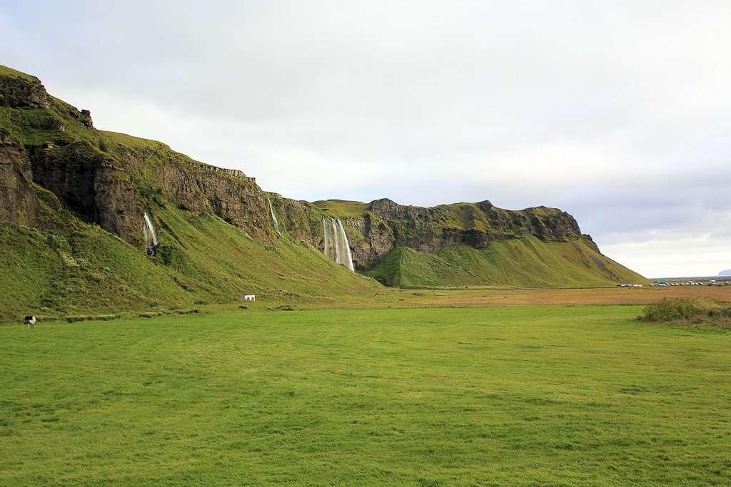 Antiguos acantilados de la costa sur de Islandia