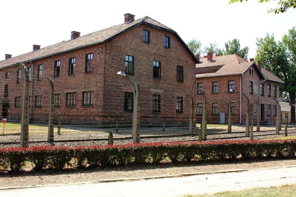 Barracones de Auschwitz I