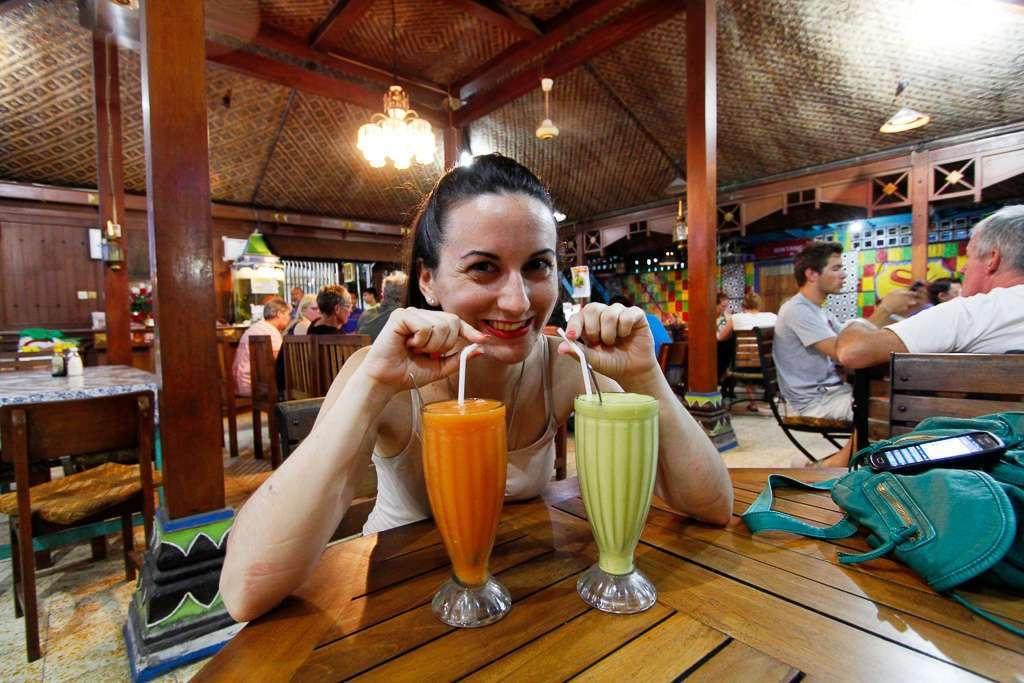 Los zumos de frutas del restaurante Superman de Yogyakarta