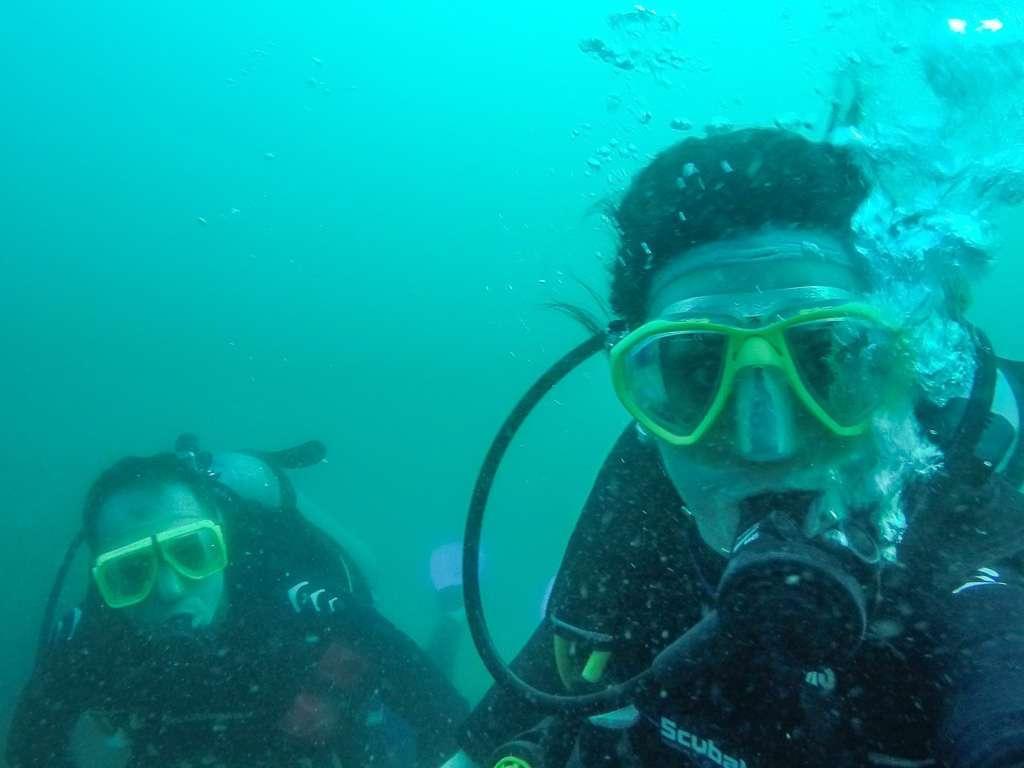 Alberto y Lena buceando en el Pacífico de Costa Rica