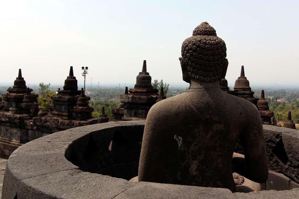 El buda descubierto de Borobudur