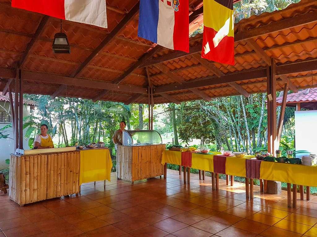 Buffet de Ríos Tropicales