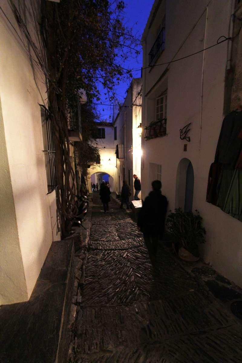 Una de las callejuelas de Cadaqués
