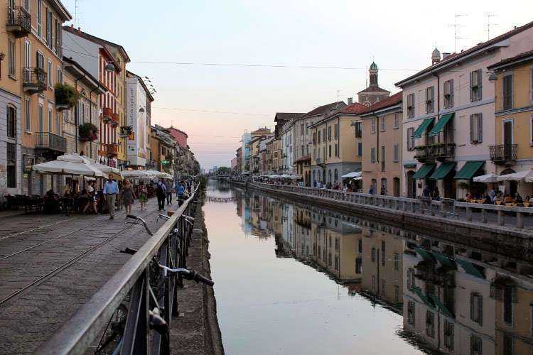 Barrio de Navigli, Canales de Milán