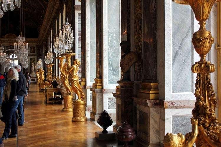 Candelabros de la Galería de los Espejos del Palacio de Versalles