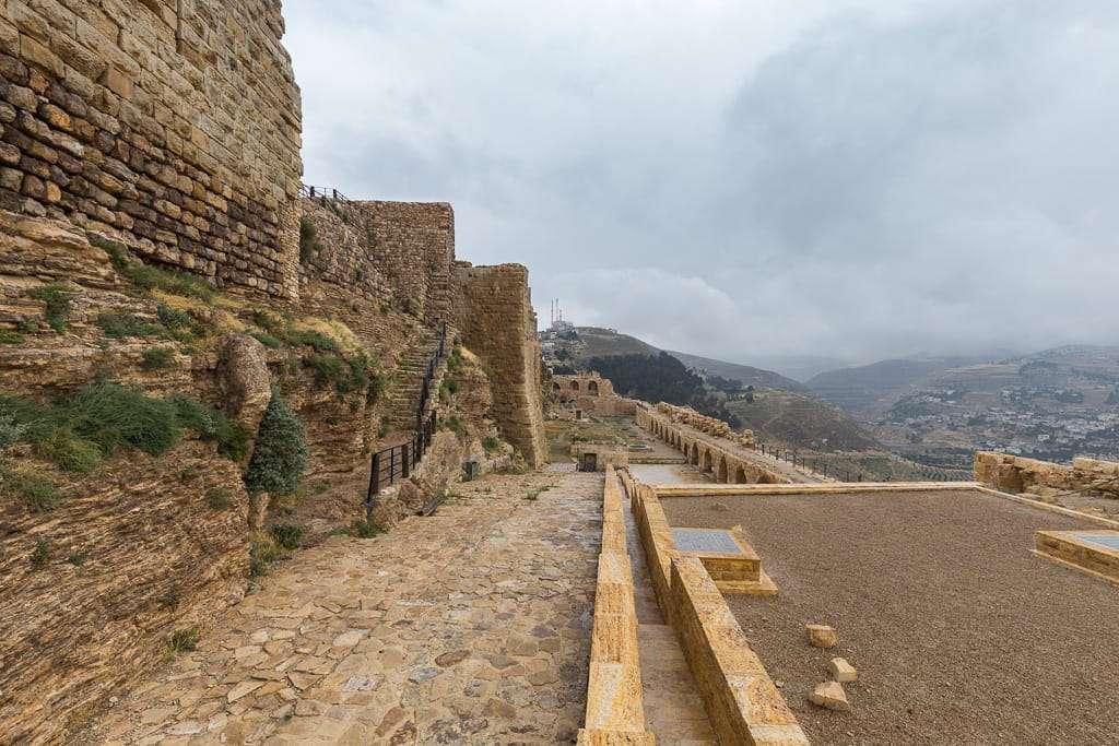 Lateral del castillo del Al-Karak, Jordania