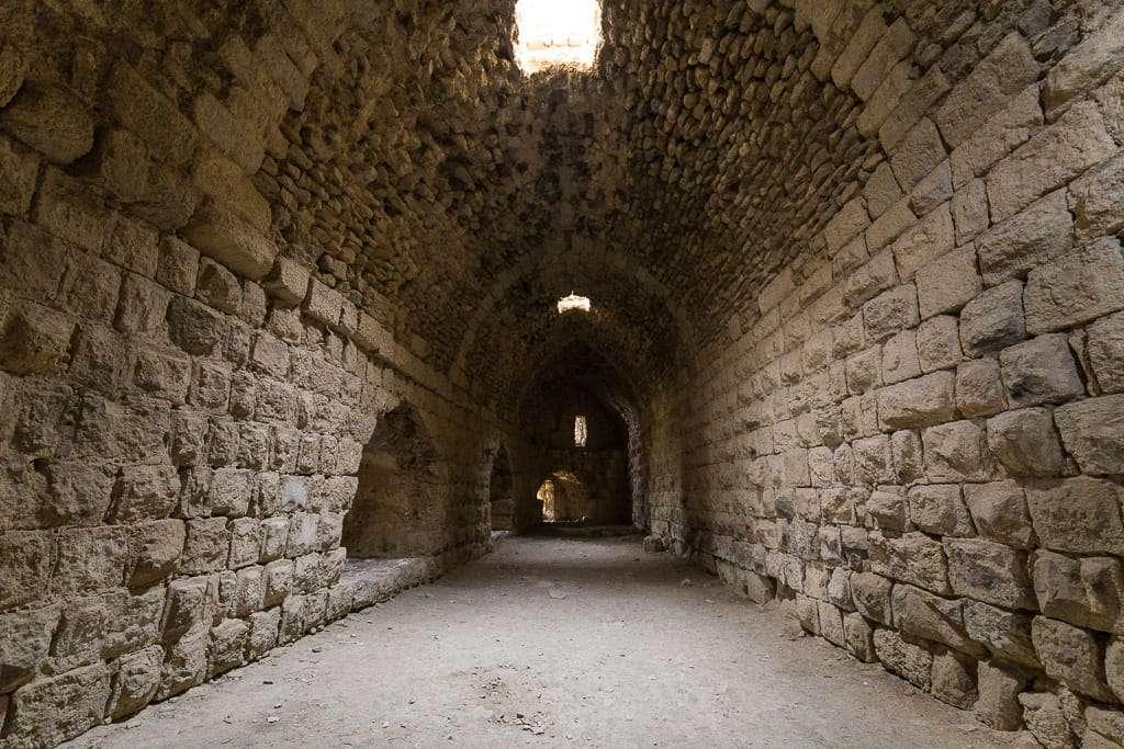 Pasillo en el interior del Castillo de Al-Karak, Jordania