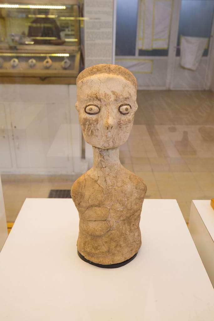 Figuras Ain Ghazal en el Museo Arqueológico de Amman