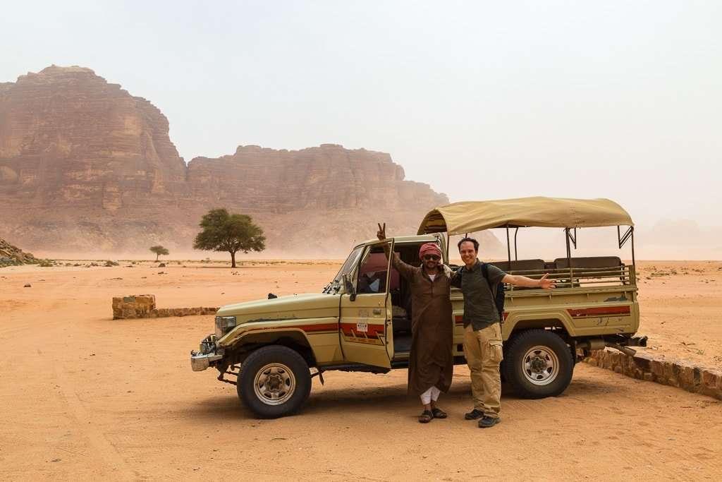 Tour 4x4 por Wadi Rum Starlight Camp Jordania