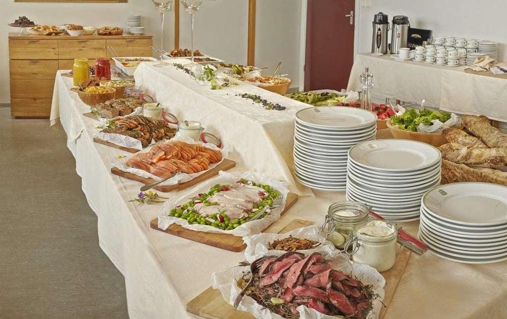 Desayuno en el Hotel Edda Skogar