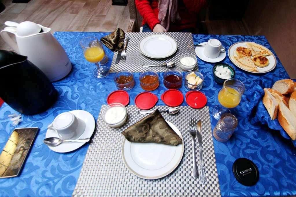 Desayuno en el riad Ksar Aylan