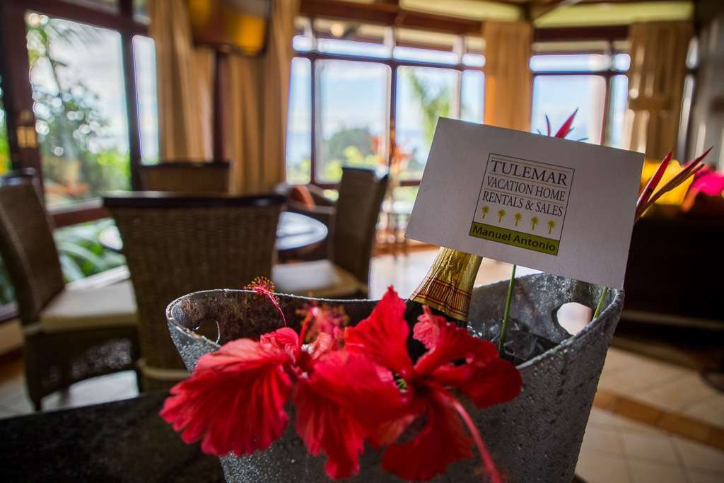 Una botella de champagne como detalle de nuestro conserje en Tulemar