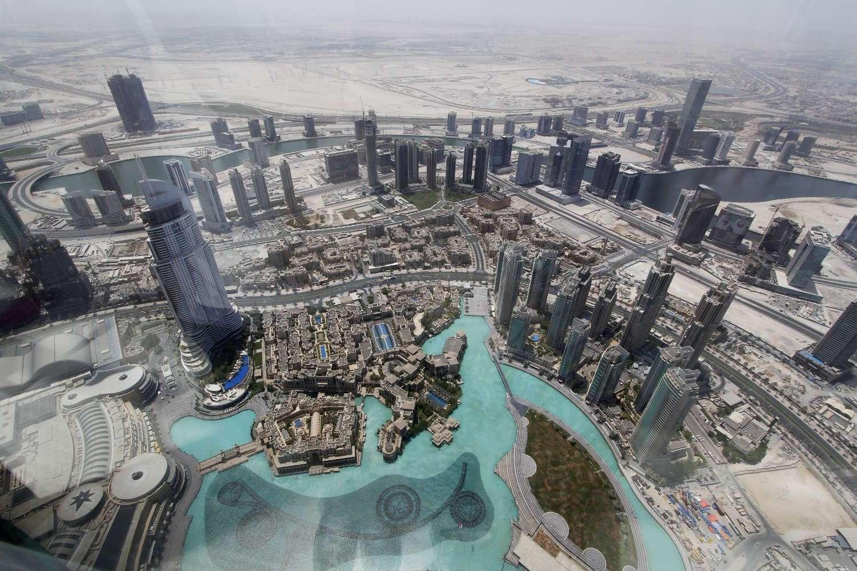 La Dubai Fountain vista desde el Burj Khalifa