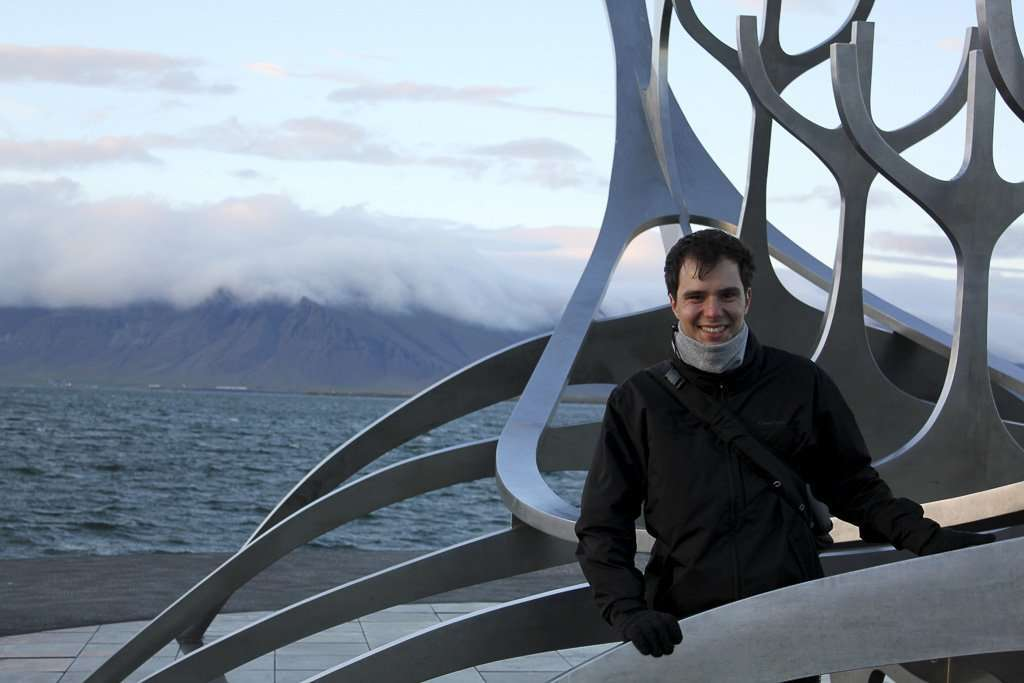 Alberto en la escultura Sólfar