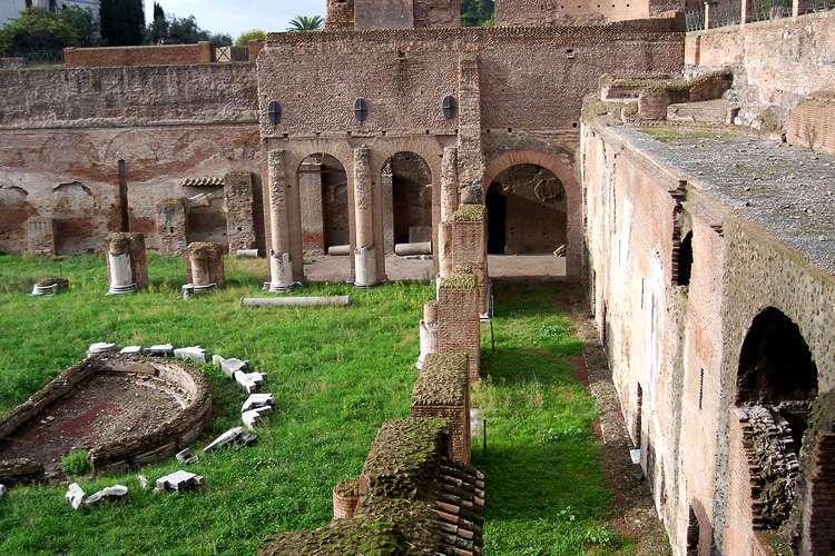 El Estadio en el Palatino
