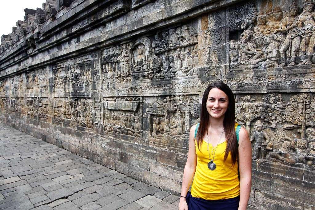 Vista general de los paneles de Borobudur