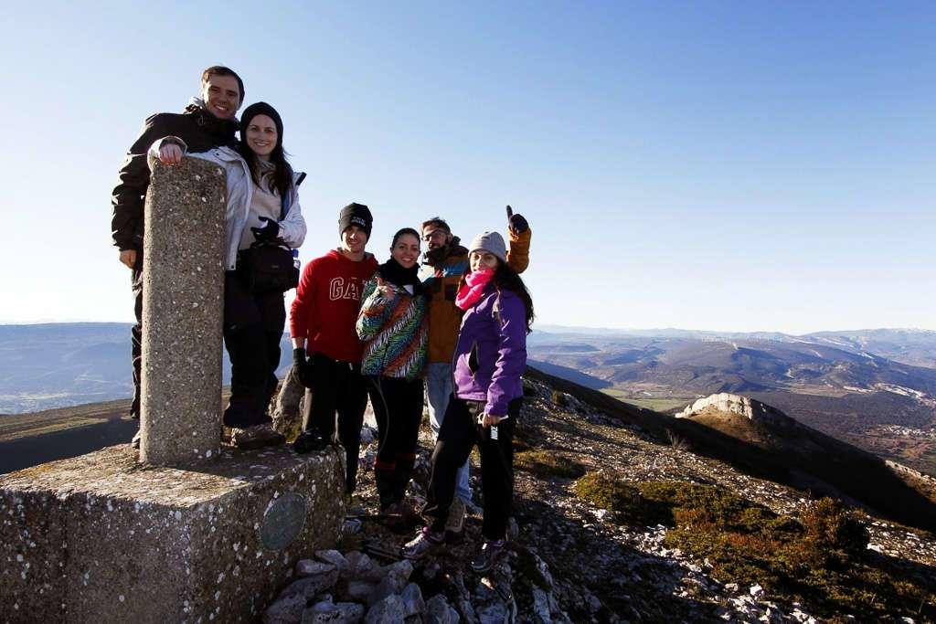Foto de grupo en lo alto del Peña Corba