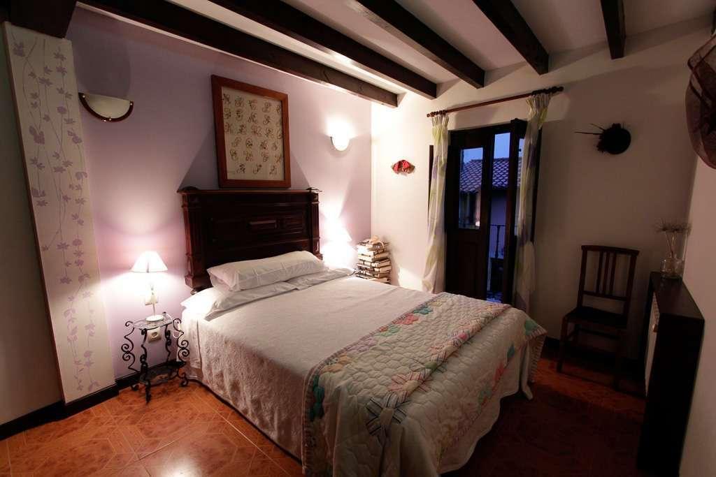 Vista I de una habitación de la Posada Peña Casares