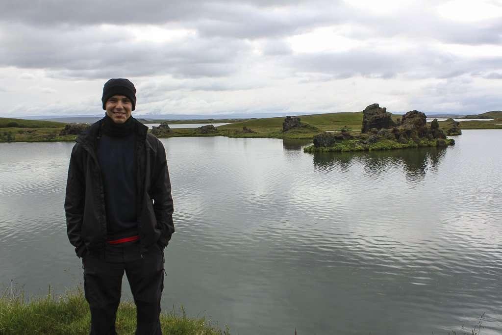 Höfði, formaciones rocosas sobre el lago Mývatn