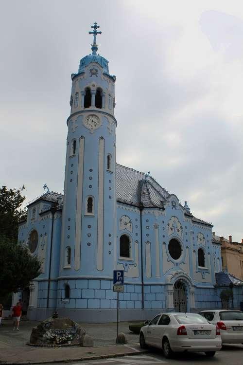 Iglesia de Santa Isabel (Iglesia azul)