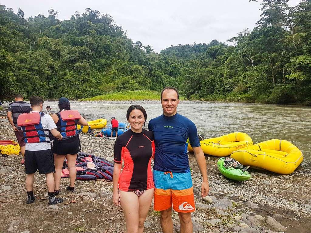 Justa antes de comenzar el rafting en el Pacuare