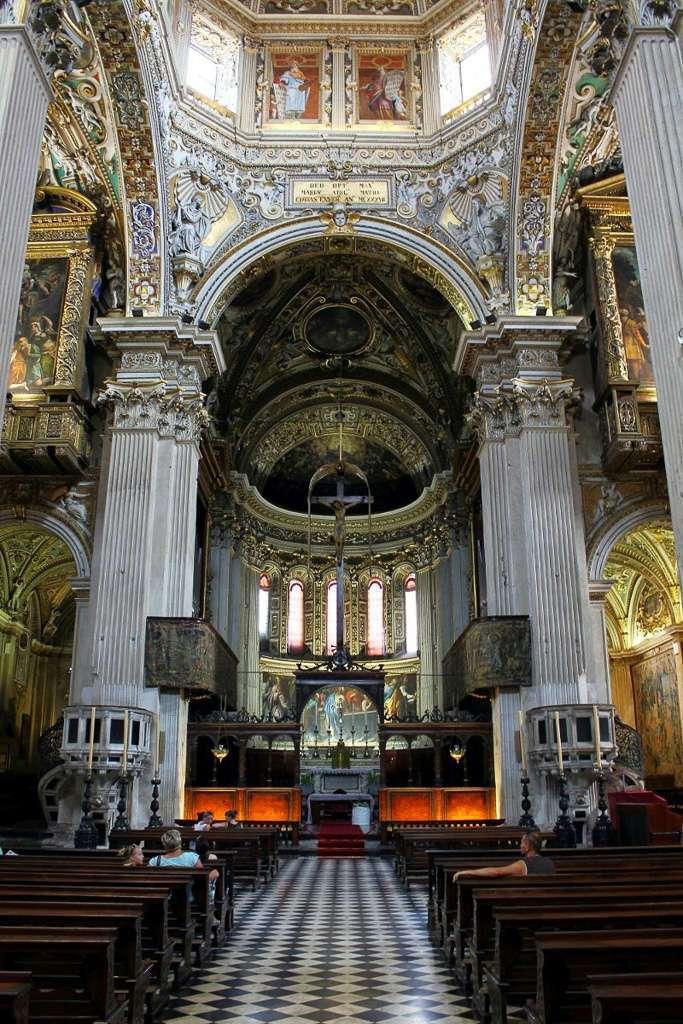 Interior Basílica Santa Maria Maggiore (Bergamo)
