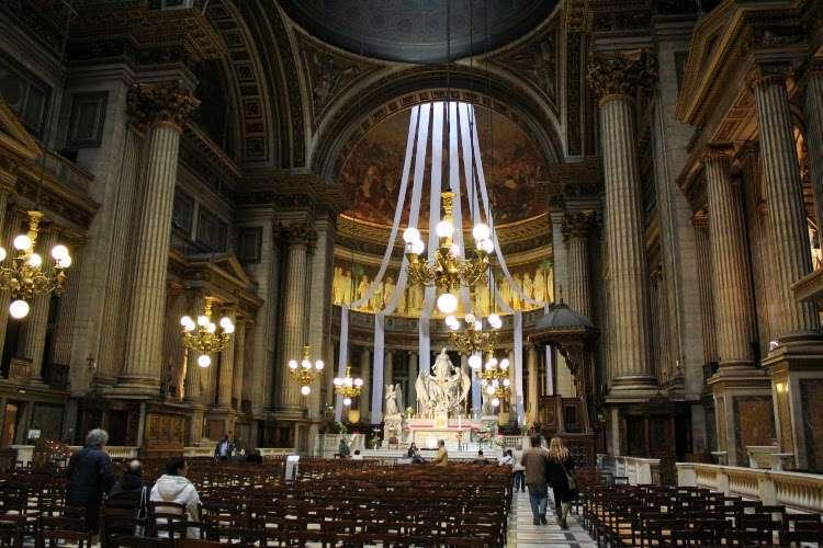Interior iglesia de la Madeleine