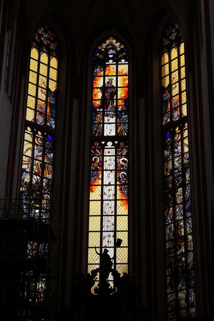 Interior de la Iglesia de Santa Isabel