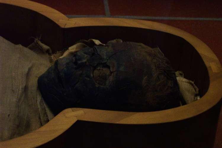 Momia egipcia (Museos Vaticanos)