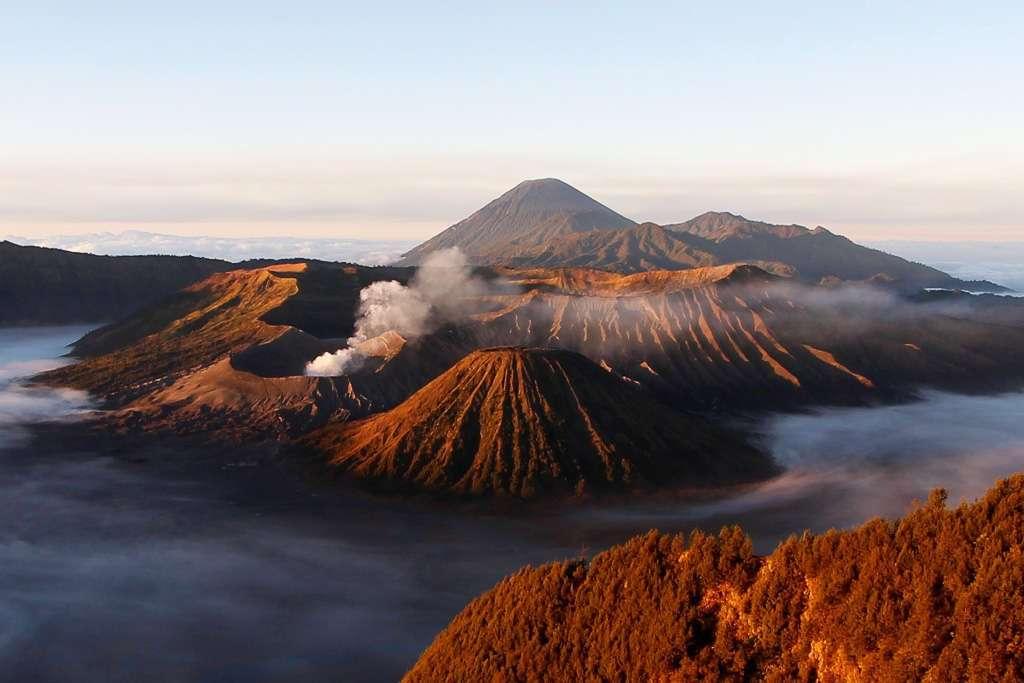 Monte Bromo al amanecer (Isla de Java)