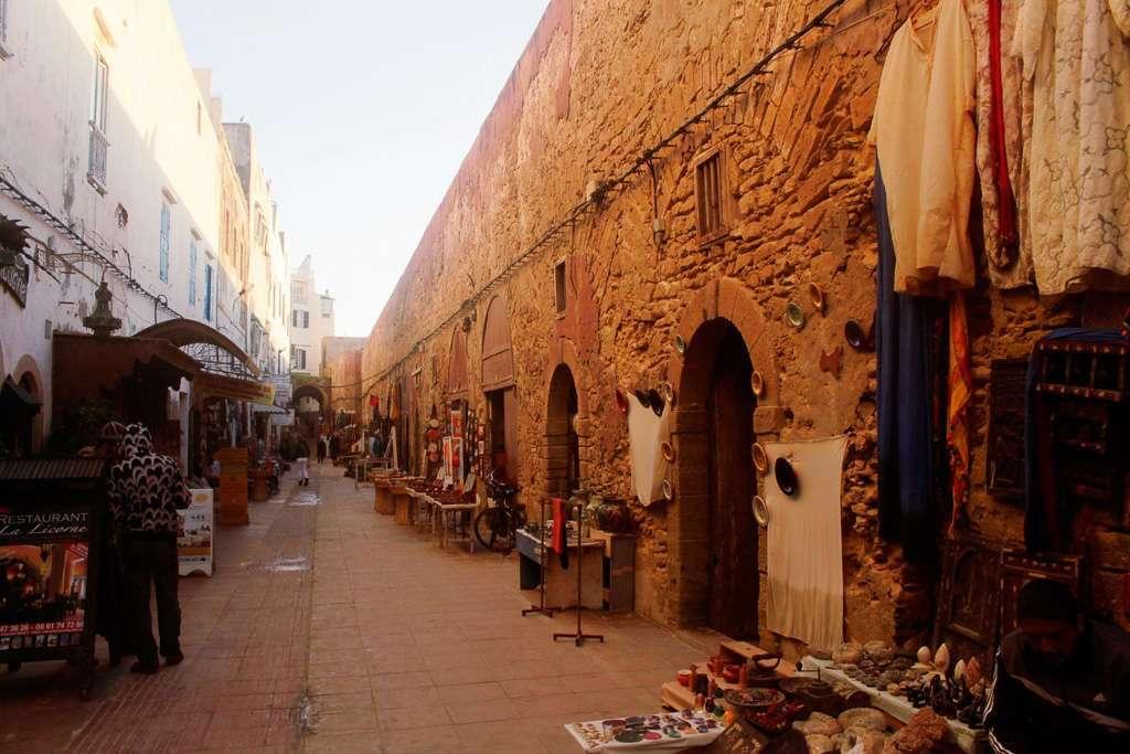 Parte baja de la muralla de la Skala de la Ville