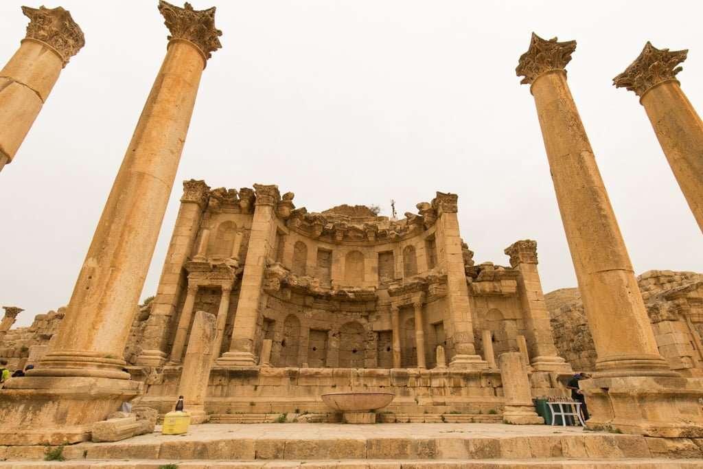 Ninfeo de la antigua ciudad romana de Jerash