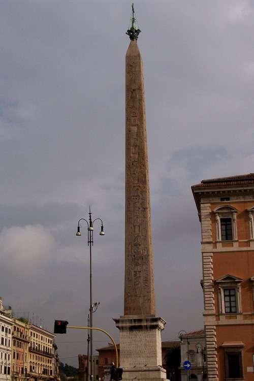 Obelisco egipcio de Tutmosis IV
