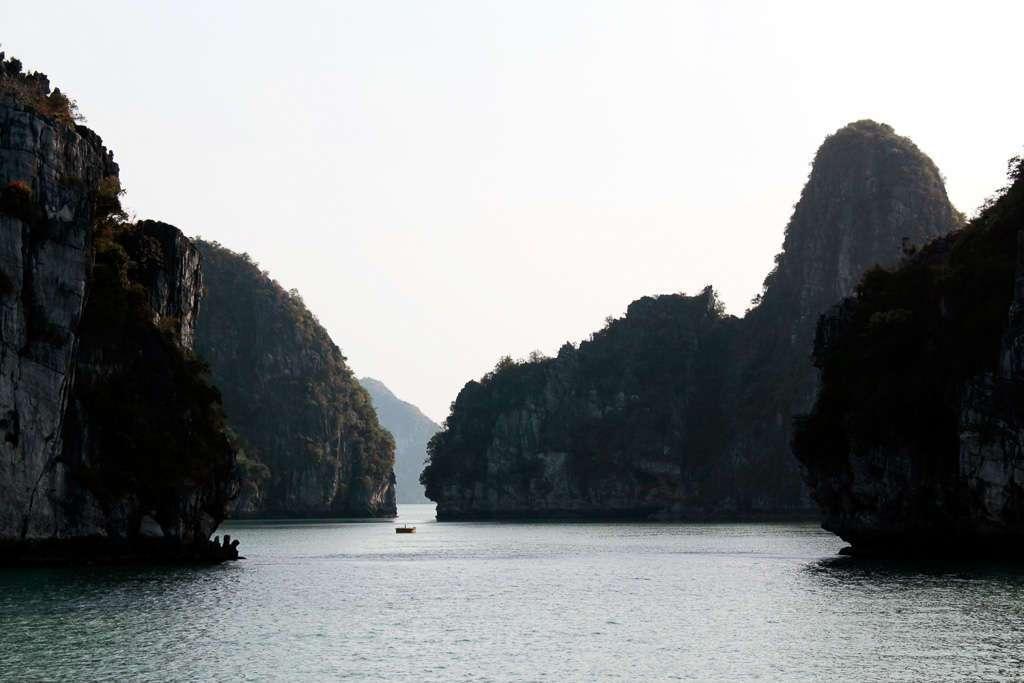 Vista general de la bahía de Halong