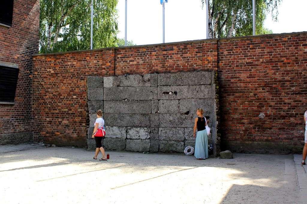 Pared de fusilamiento de Auschwitz I