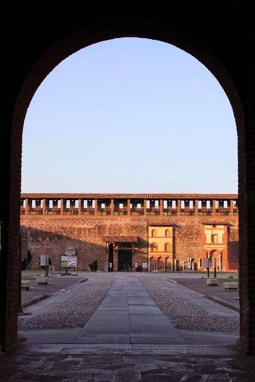 Patio interior Castello Sforzesco (Milán)