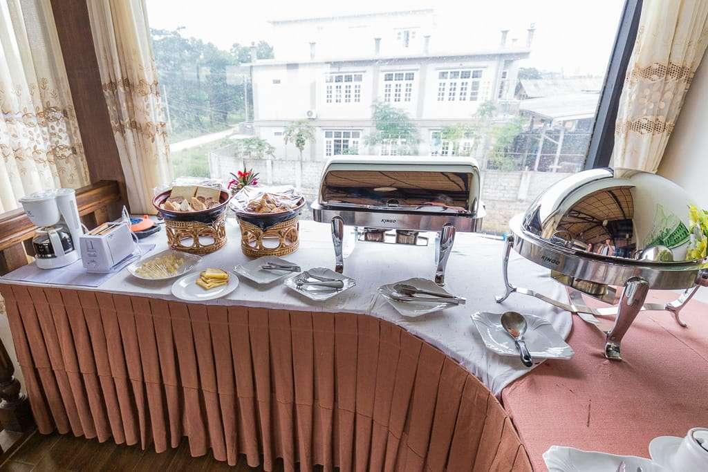 Desayuno en el hotel Spring Lodge Inle