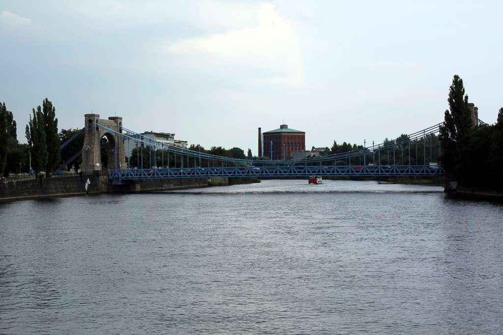 Vistas desde el puente Pokoju