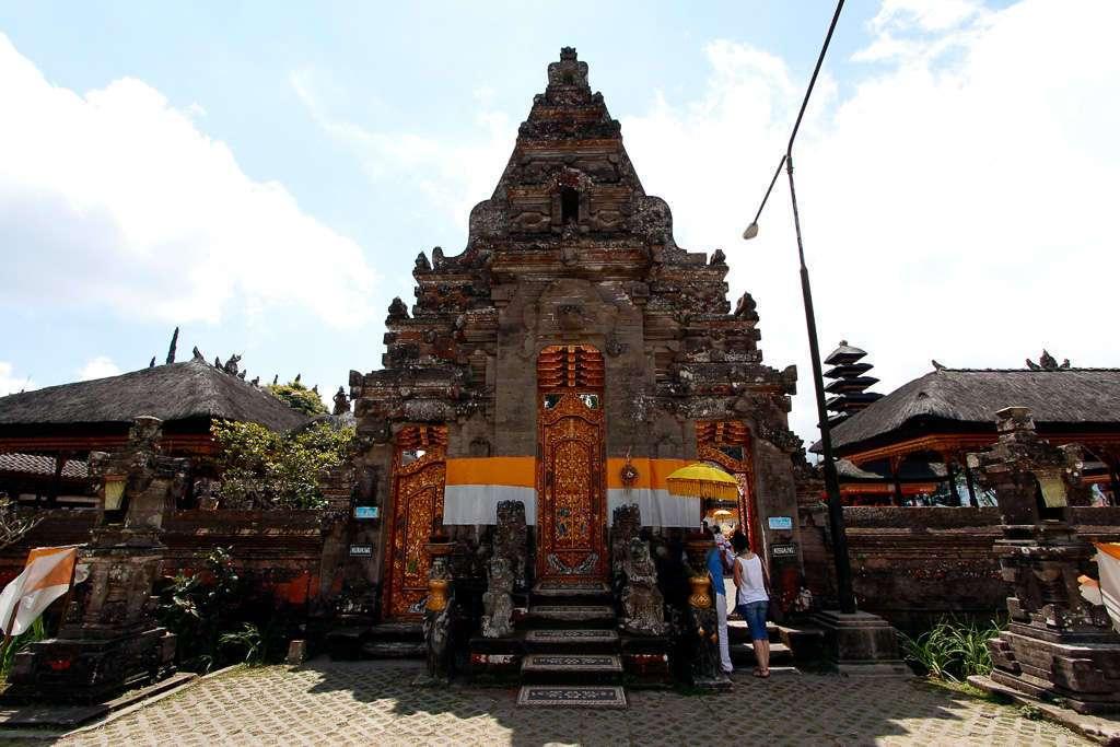 Puerta de Ulun Danu Bratan (Bali)