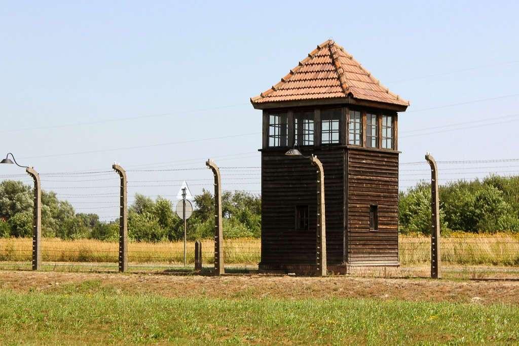 Puesto de vigilancia de Auschwitz II - Bikernau