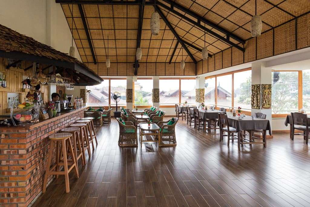 Restaurante del hotel Spring Lodge Inle