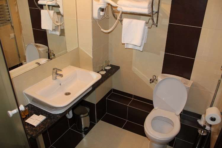 Baño JM Apart Hotel (Varsovia)