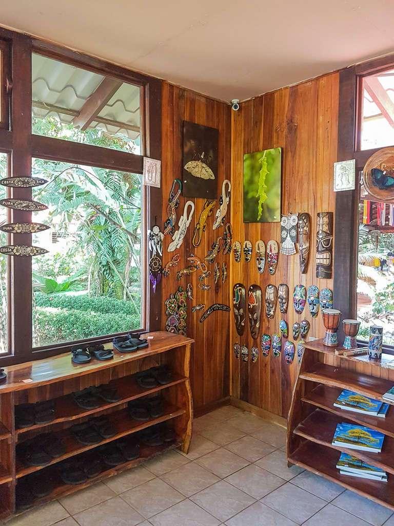Souvenirs en la tienda de Ríos Tropicales