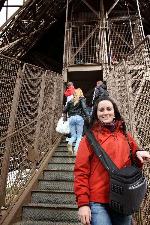 Subiendo a la Torre Eiffel