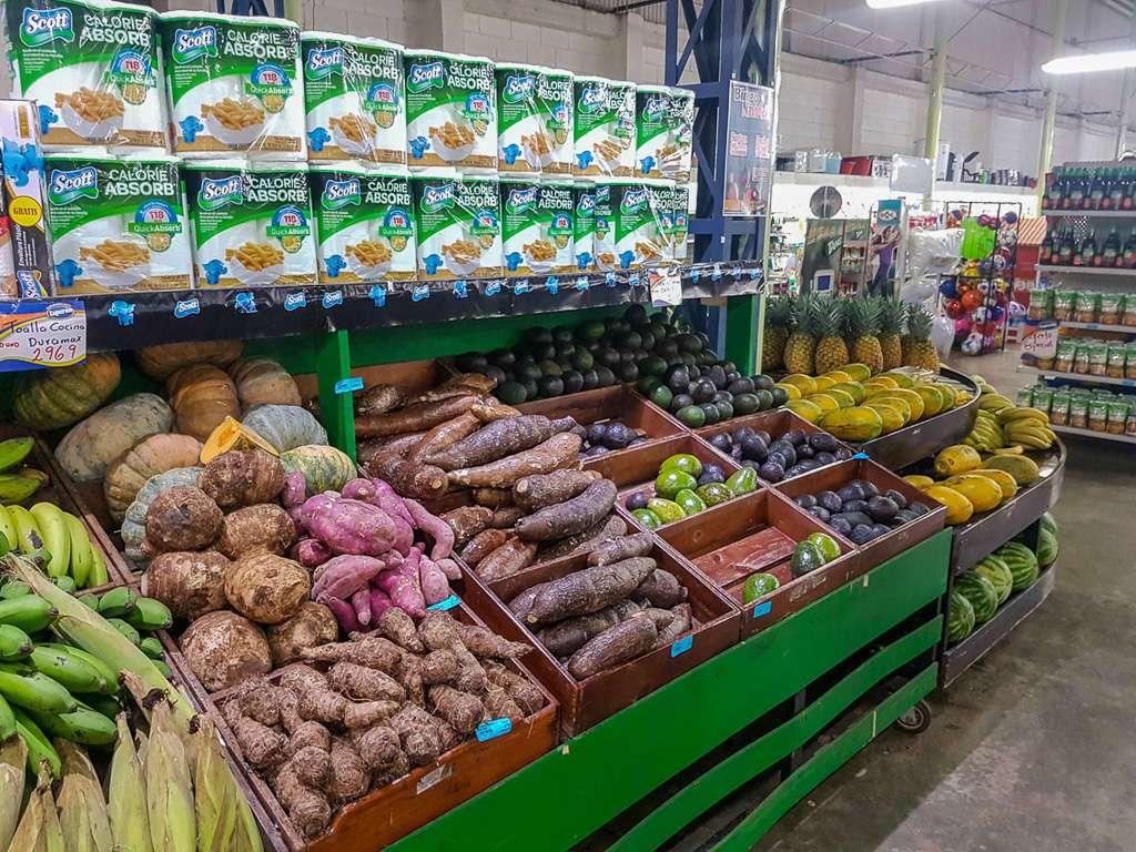 Productos de un supermercado de Costa Rica